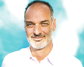 Regis Caillat-Grenier, Directeur général de l'agence Jake